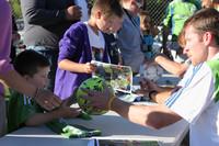 2763 VISC-Seattle Sounders autographs 082310