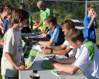 2854 VISC-Seattle Sounders autographs 082310