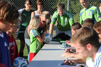 2868 VISC-Seattle Sounders autographs 082310