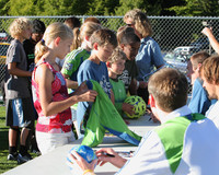 2919 VISC-Seattle Sounders autographs 082310