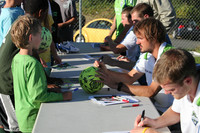 2926 VISC-Seattle Sounders autographs 082310